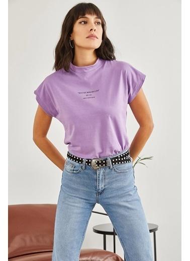 Sortee Kadın Yarım Balıkçı Yazılı T-Shirt Lila